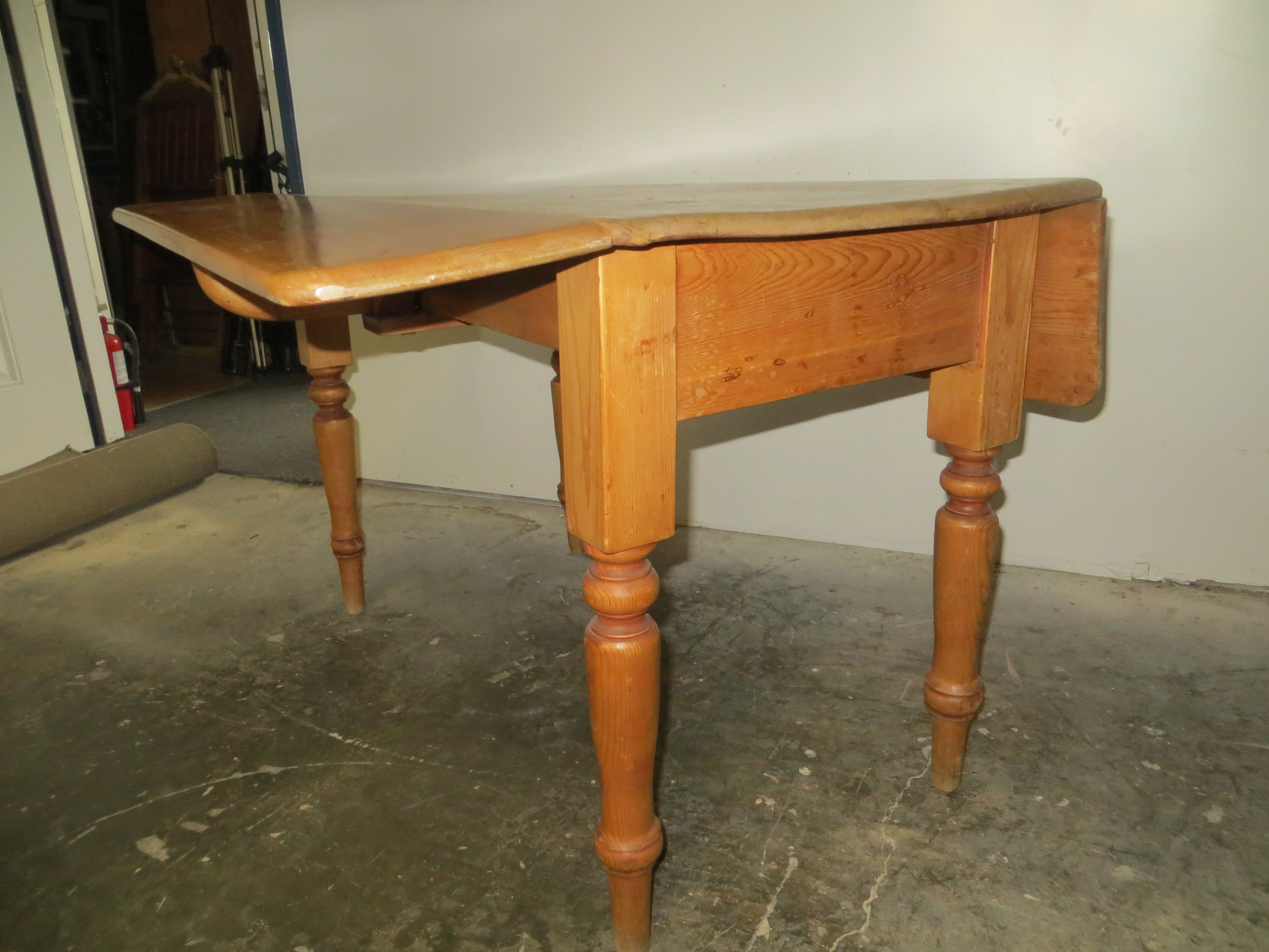 19th C Pine Drop Leaf Table Omero Home