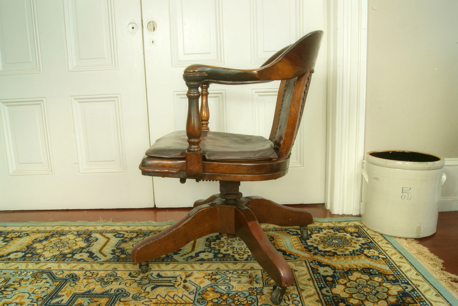 Awesome Antique Bankers Chair, Original Leather Seat Cushion
