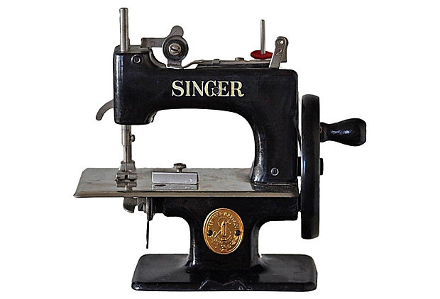 age of singer sewing machine