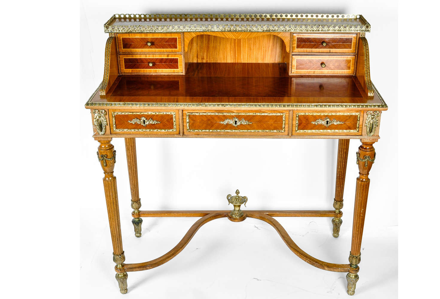 Antique French Louis XV Style Satinwood Writing Desk - Antique French Louis XV Style Satinwood Writing Desk Omero Home
