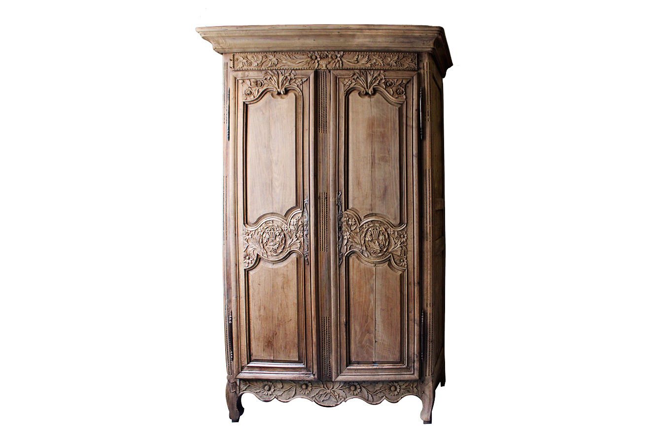 antique louis xvi marriage armoire omero home. Black Bedroom Furniture Sets. Home Design Ideas