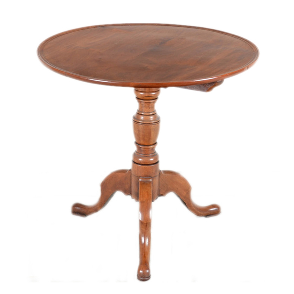 antique queen anne style tripod table omero home. Black Bedroom Furniture Sets. Home Design Ideas
