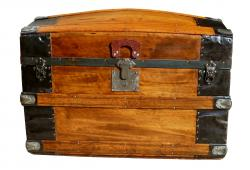 1880s Carpeles, Heiser & Co. Barrel Top Trunk