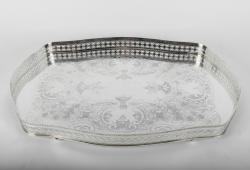 Vintage English Sheffield Silver Plate Oval Footed Tray.