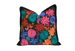 Violeta Primavera Pillow