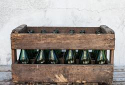 Wine Bottle Crate with 24 bottles