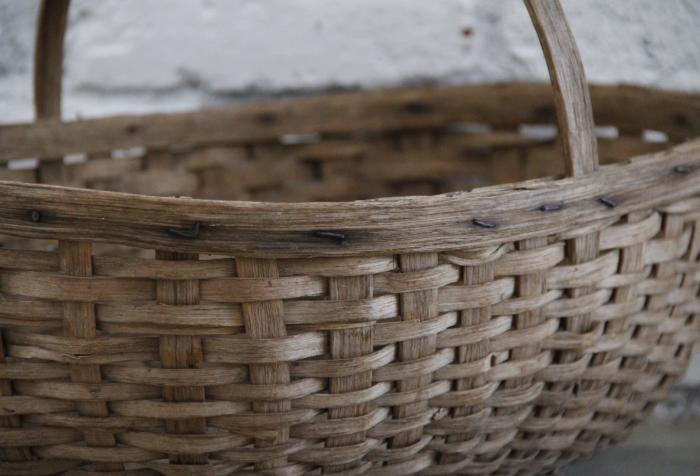 Antique New England Gathering Basket with Top Handle